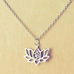 Lotus flower necklace silver chain gift box yoga